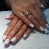 NailMua: White Gel Polish Natural
