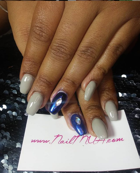 Acrylic Full Set with Accent Nail $60